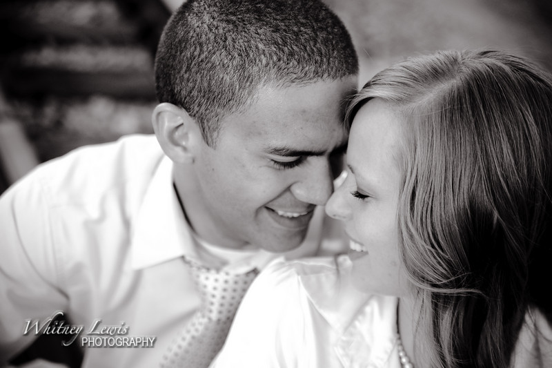 Utah Engagement Pictures featuring LJ and Kaylee in Lehi UT
